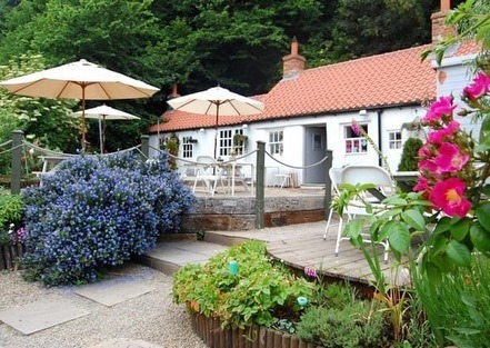 To Let ....BRIDGE COTTAGE BISTRO..This is a rare and exciting Café/Bistro/Restaurant opportunity in the tourist hot spot of Sandsend.